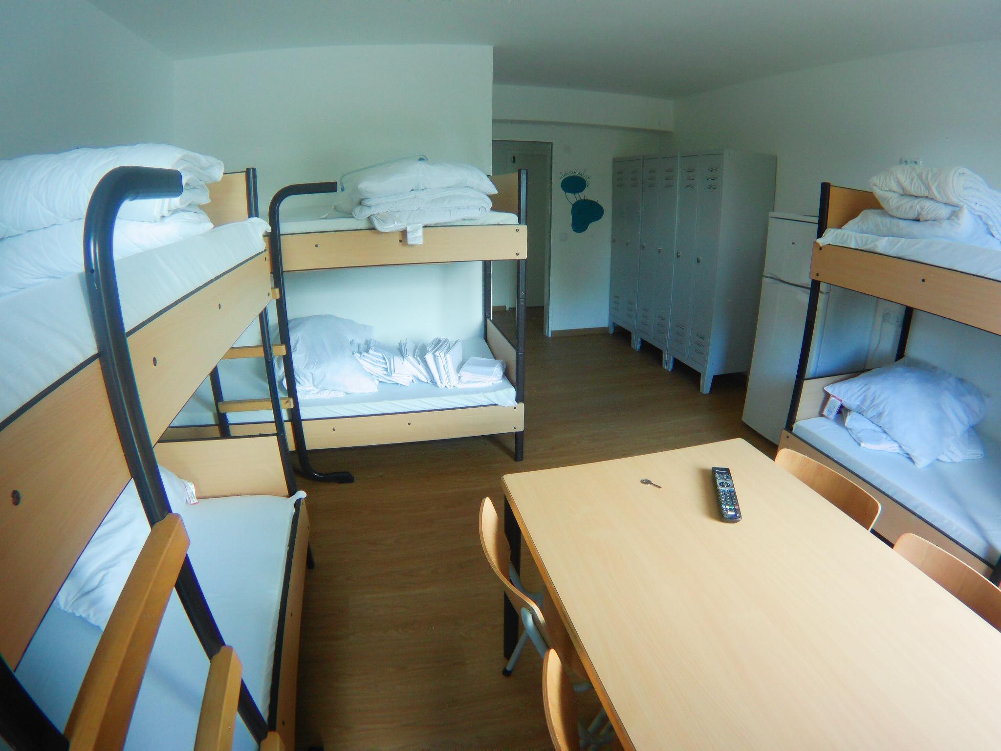 Hansezimmer.de-Monteurzimmer-sechs-Bettzimmer